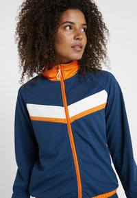 ONLY Play - ONPTANGERINE ZIP TRACK JACKET - Sportovní bunda - gibraltar sea/celosia orange - 4