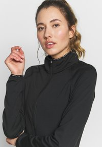 ONLY Play - ONPPERFORMANCE BAY - Training jacket - black - 4