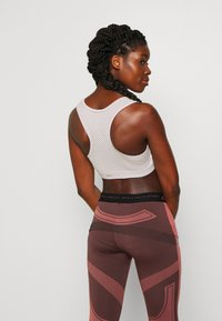 ONLY Play - ONPJACINTE BRA - Sport BH - ashes of roses/lilac ash - 2