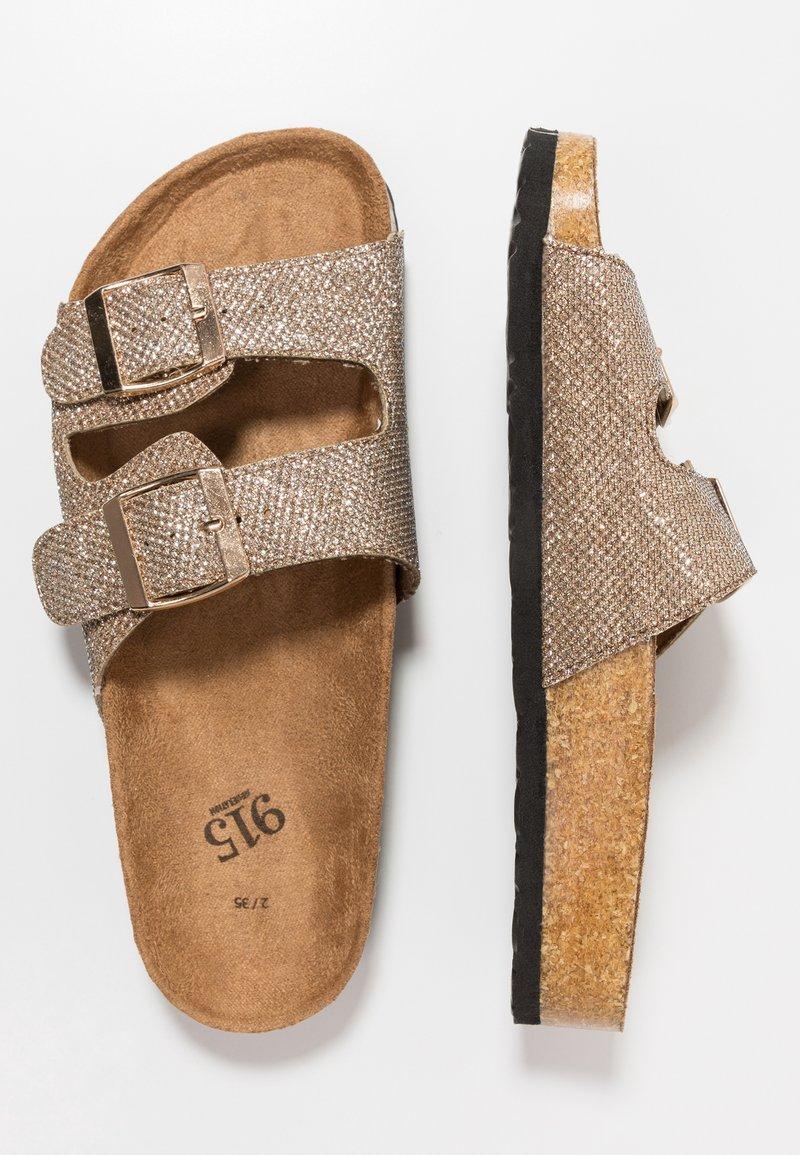 New Look 915 Generation - HELLO 2 BAND FOOTBED - Sandaler - rose gold