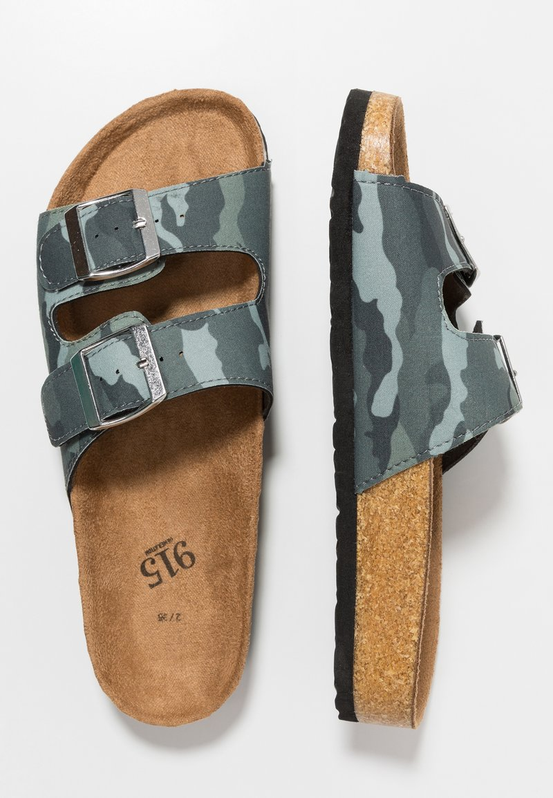 New Look 915 Generation - HELLO 2 BAND FOOTBED - Mules - green