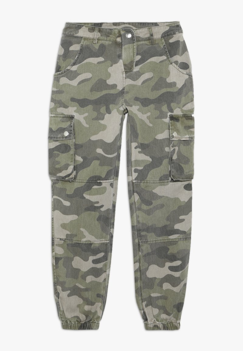 New Look 915 Generation - CAMO CARGO PANT - Cargo trousers - green