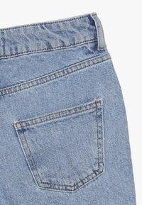 New Look 915 Generation - ANNIE RIPPED MOM SHORT  - Džínové kraťasy - blue pattern - 3