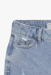 New Look 915 Generation - ANNIE RIPPED MOM SHORT  - Džínové kraťasy - blue pattern - 5