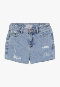 New Look 915 Generation - ANNIE RIPPED MOM SHORT  - Džínové kraťasy - blue pattern - 0