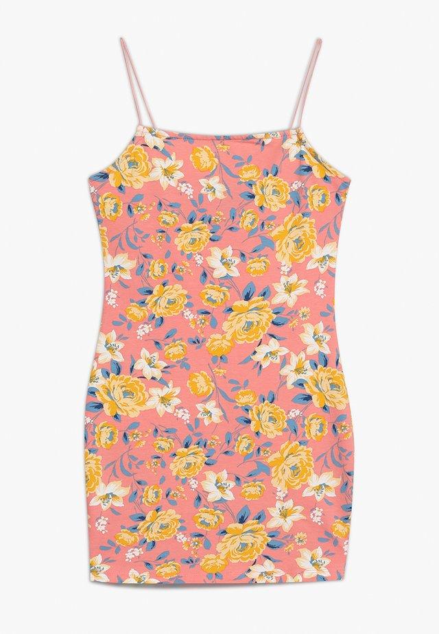 LEAD IN AMBER BODYCON - Jerseyklänning - pink