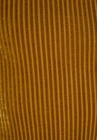 New Look 915 Generation - BARDOT BODY - Langærmede T-shirts - dark yellow - 2
