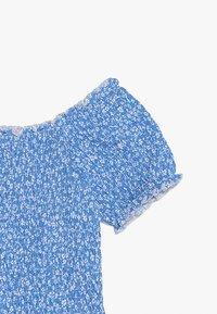 New Look 915 Generation - DITSY FLORAL SHIRRED SQUARE NECK - Camiseta estampada - blue - 3