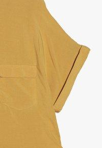 New Look 915 Generation - MILITARY BOXY  - Camisa - yellow - 2