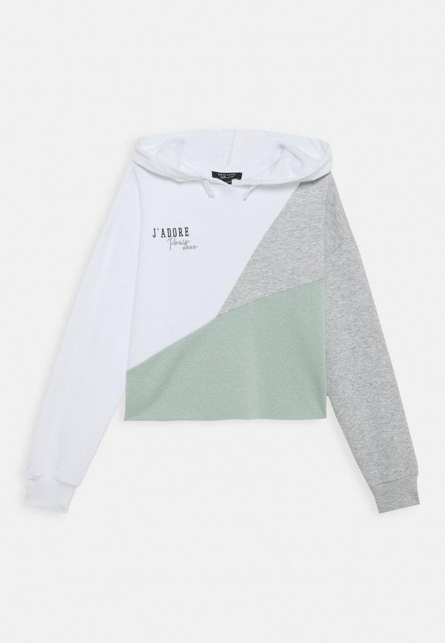 JADORE DIAGONAL HOODY - Bluza z kapturem - white