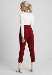 New Look Petite - MILLAR TROUSER - Kangashousut - burgundy - 2