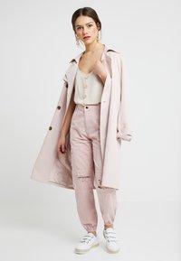 New Look Petite - MALIBU DESTROYED - Bukse - light pink - 1