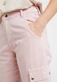 New Look Petite - MALIBU DESTROYED - Bukse - light pink - 3