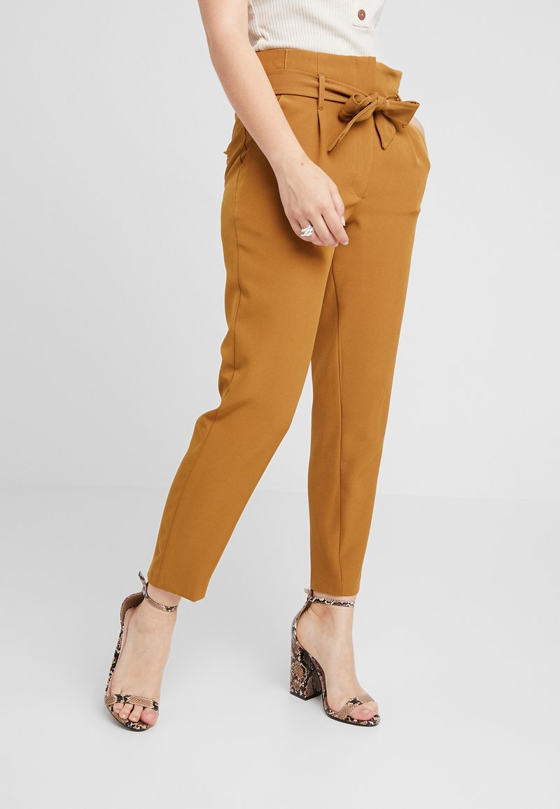 New Look Petite - VICKY TIE WAIST TROUSER - Stoffhose - mid brown