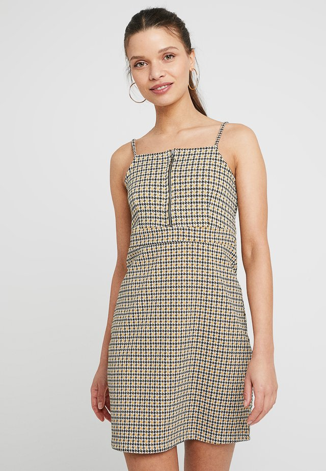 ZIP STRAPPY PINNY - Day dress - yellow