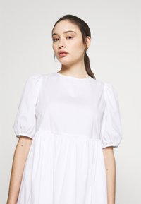 New Look Petite - SMOCK DRESS - Day dress - white - 3