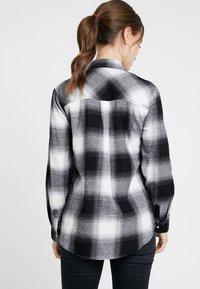 New Look Petite - MARTHA MONO CHECK - Koszula - black - 2