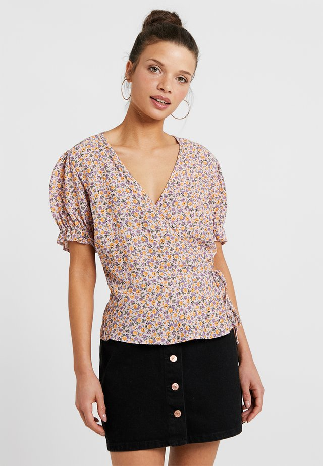 ARY FLORAL FRILL - Blus - pink