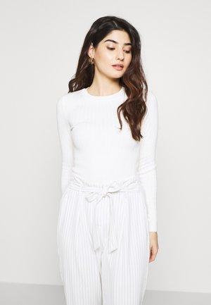 CREW VARIGATED  - Jersey de punto - white