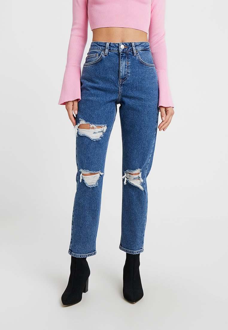 New Look Petite - MULIT RIPPED CHICAGO - Relaxed fit jeans - mid blue
