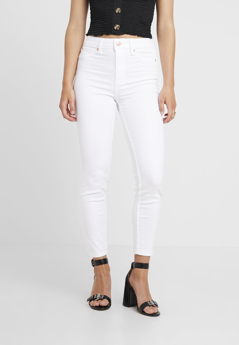 New Look Petite - LIFT AND SHAPE  - Jeans Skinny Fit - white