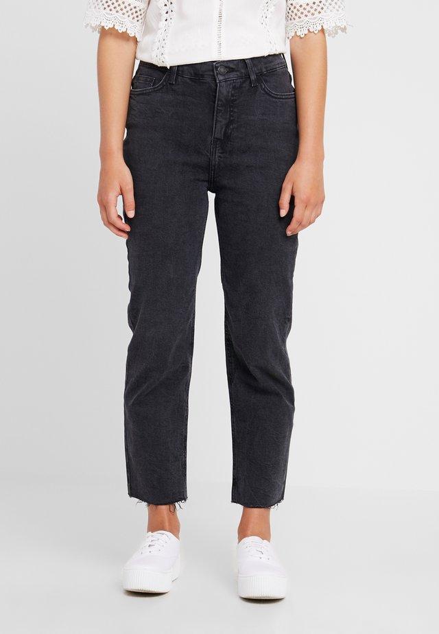 STRAIGHT CROP HARLOW - Jeans Straight Leg - black