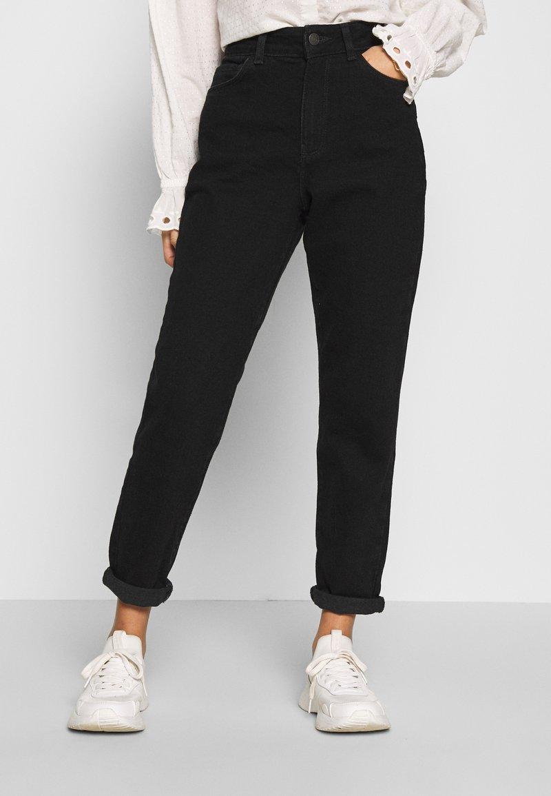 New Look Petite - WAIST ENHANCE MOM - Jeans relaxed fit - black