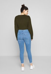 New Look Petite - LIFT AND SHAPER JEAN - Jeansy Skinny Fit - mid blue - 2