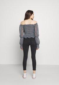 New Look Petite - LIFT AND SHAPER JEAN - Jeans Skinny - black - 2