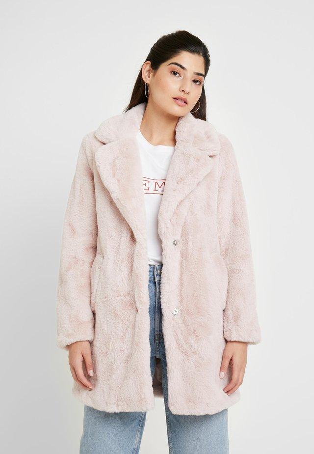 Winter coat - nude