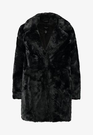 Płaszcz zimowy - black