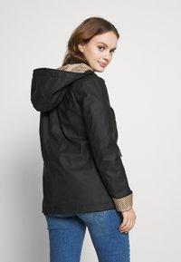 New Look Petite - AMERIIE RAIN - Impermeabile - black - 2