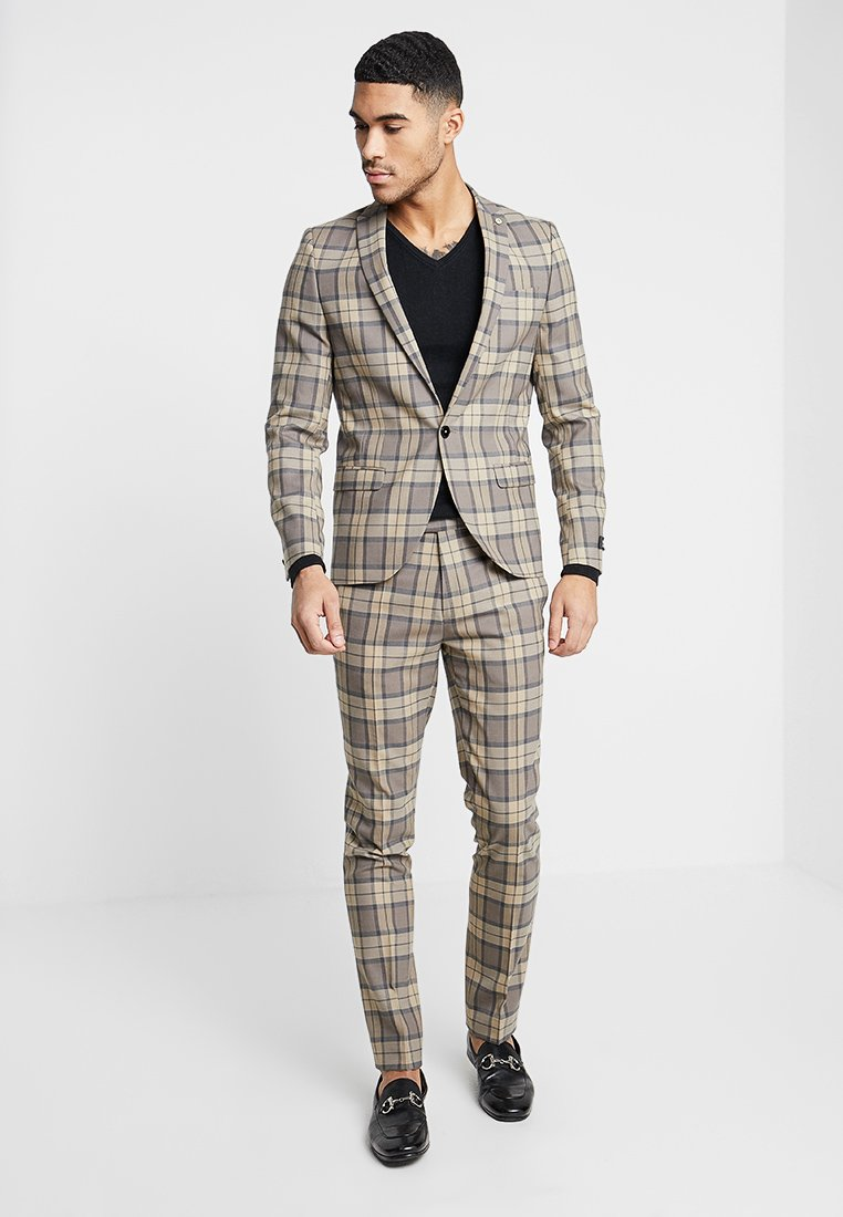 Twisted Tailor - GINGER SUIT SKINNY FIT - Kostuum - tan