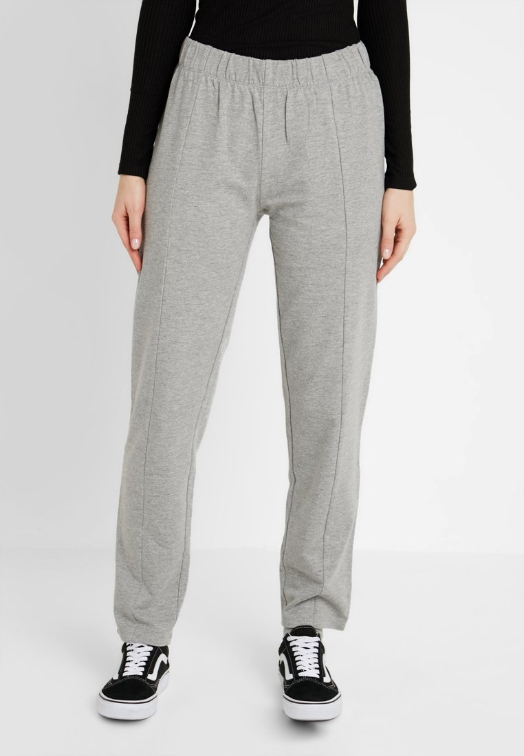 Noisy May - NMSUKI PANTS - Pantalones deportivos - light grey melange