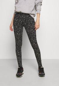 Noisy May - NMANILLA - Leggings - Trousers - black/white - 0