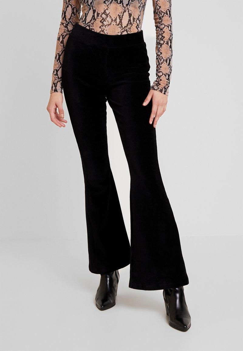 Noisy May - Pantaloni - black