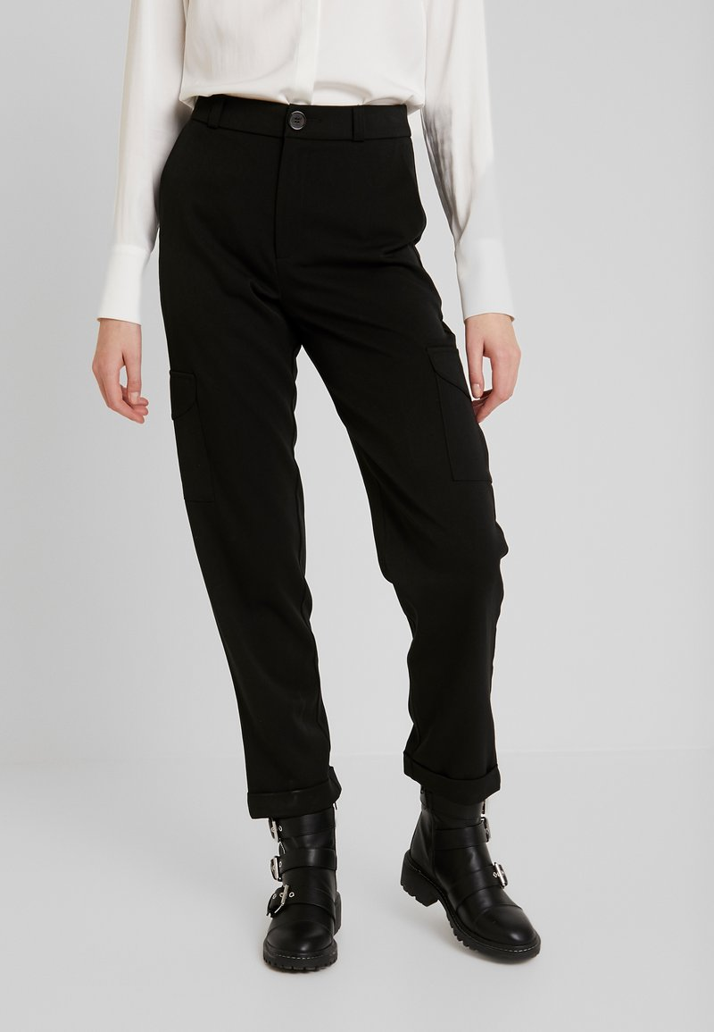 Noisy May - NMDARCHY CARGO PANT - Trousers - black