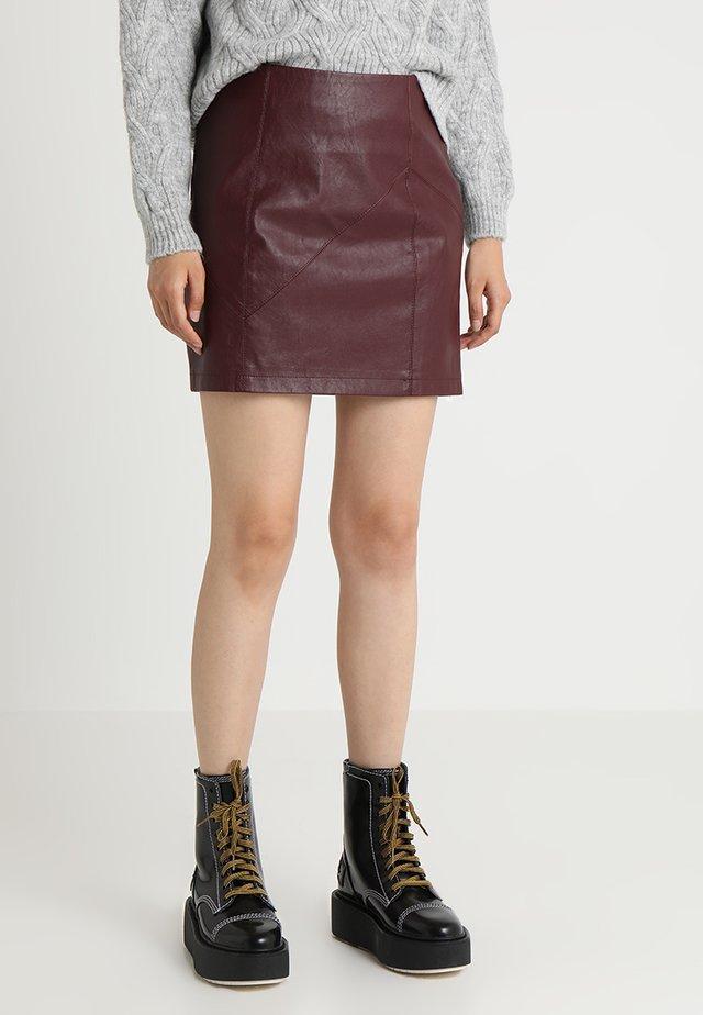 NMREBEL SKIRT - Mini skirt - port royale