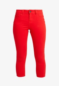 Noisy May - NMLUCY SKINNY CROPPED PANTS - Bukser - flame scarlet - 3