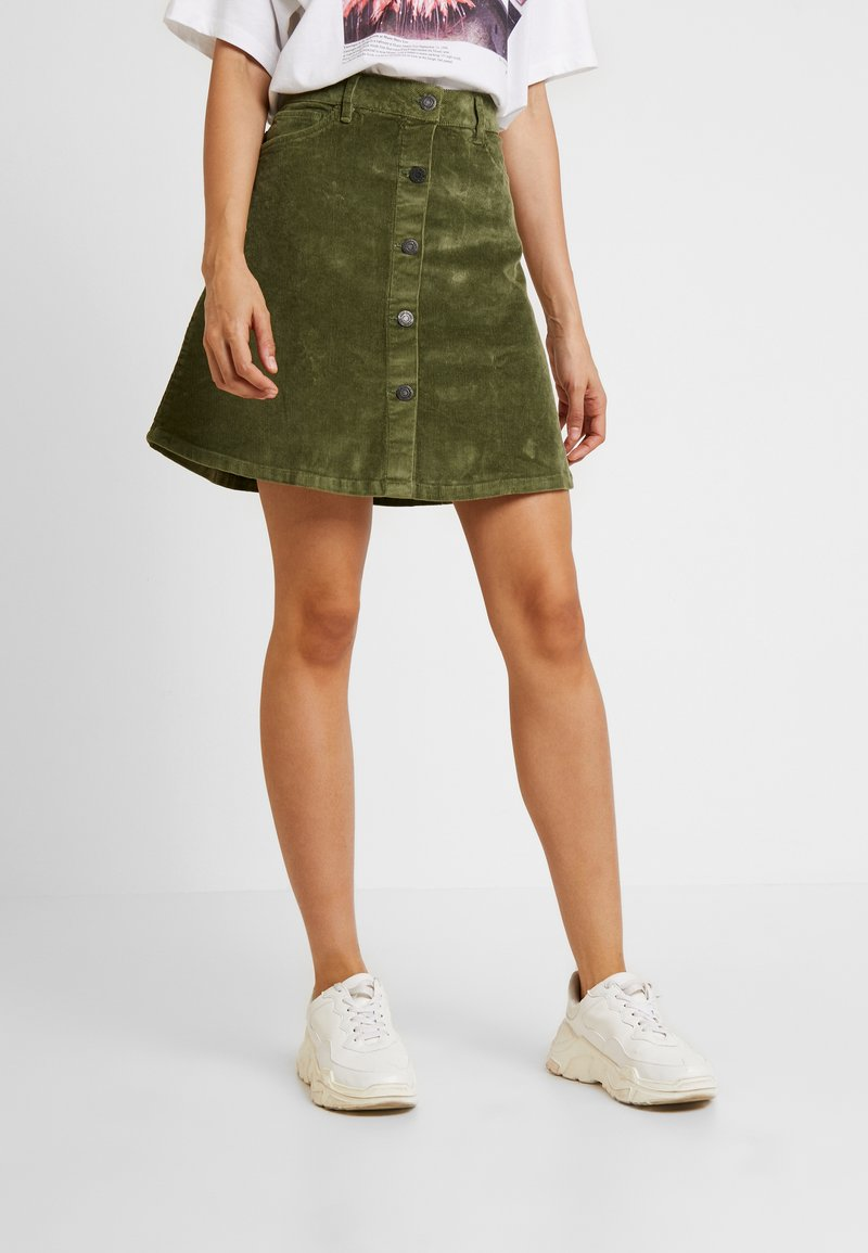 Noisy May - NMSUNNY SHORT SKIRT - A-line skirt - olivine