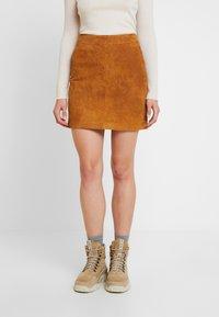 Noisy May - Mini skirt - sudan brown - 0