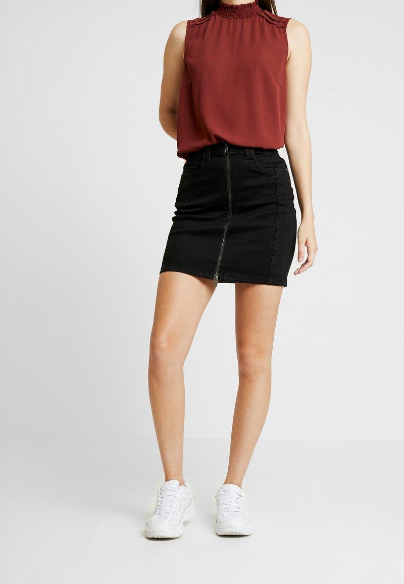 Noisy May - Mini skirt - black denim