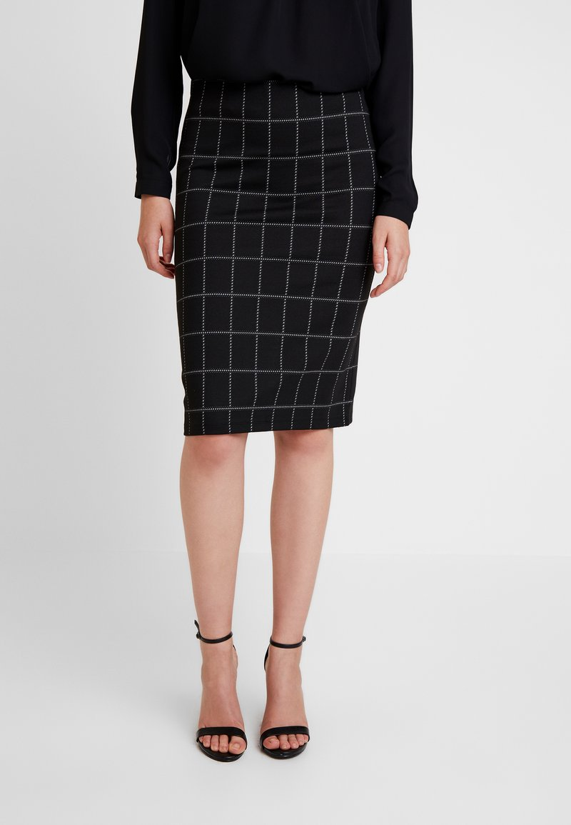 Noisy May - NMINAN CHECK PENCIL SKIRT - Bleistiftrock - black/snow white