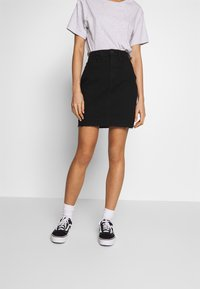 Noisy May - CALLIE SHORT SKIRT - Denimová sukně - black - 0