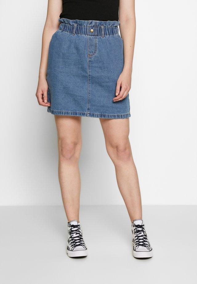 NMJUDO PAPBACK SKIRT - Denim skirt - medium blue denim
