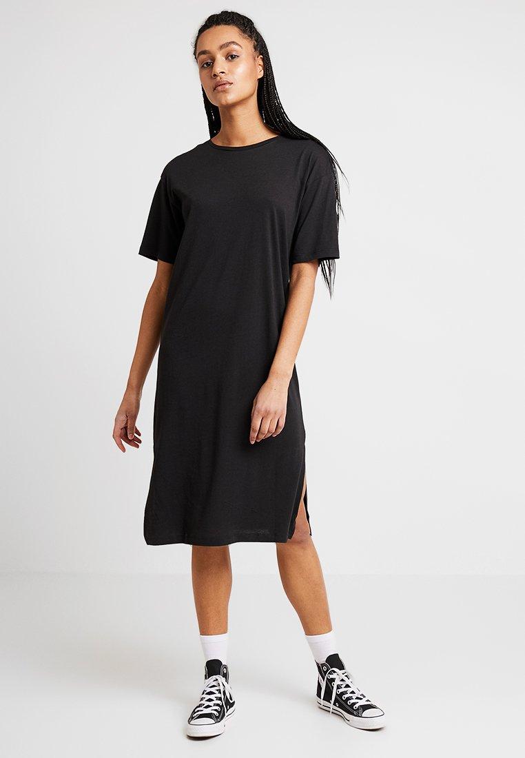 Noisy May - NMMAYDEN 2/4 DRESS - Jerseykleid - black
