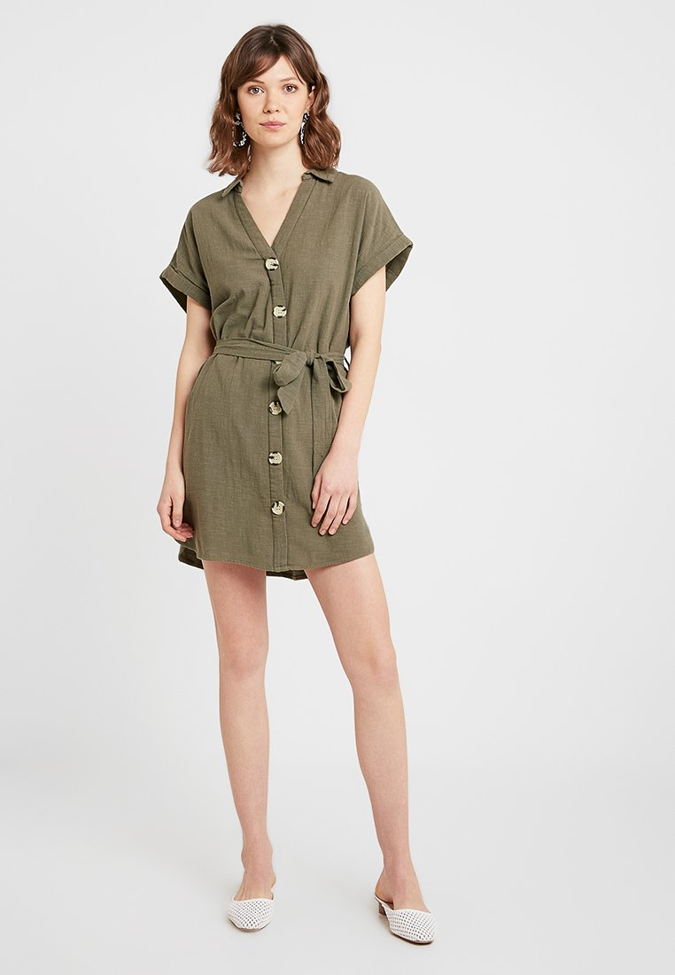 Noisy May - NMNAS SHORT DRESS - Skjortekjole - kalamata