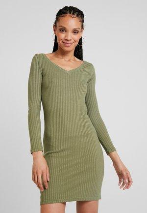 Denní šaty - olivine