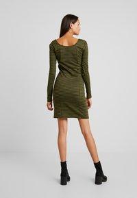 Noisy May - Day dress - winter moss - 2