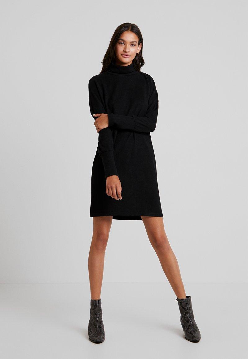 Noisy May - Abito in maglia - black